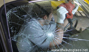auto glass replacement specialists